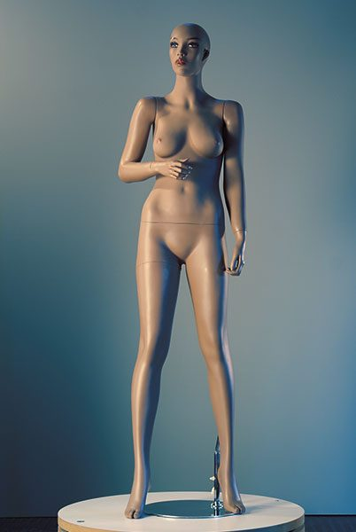 Mannequin-Works_Female-Mannequin_Realistic-Range_Real-Anna-a