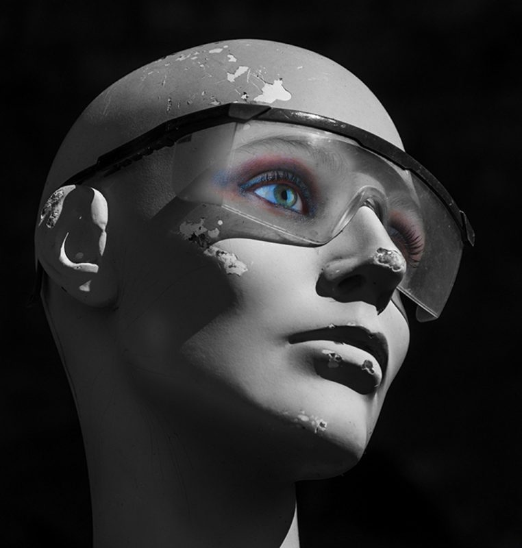 mannequin-works-bruce-hepburn-photography-recycled-mannequins-mannequin-head-with-real-eyes