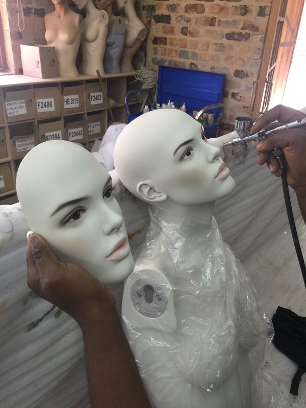 mannequin-works-support-services-face-painting1